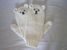 Polar bear wool animal mittens, very soft Australian pure wool. Kawaii Grant, thought you might enjoy these too! Mittens Pattern, Knit Mittens, Mitten Gloves, Teddy Bear Party, Cute Frogs, Cute Mouse, Polaroid, Love Bear, Baby Owls