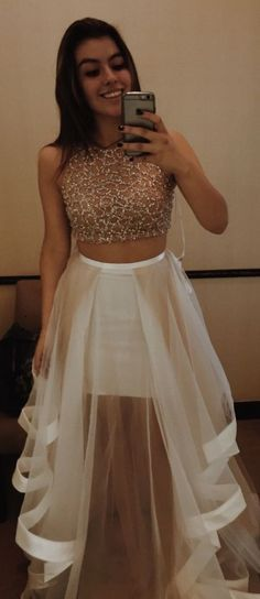 Charming prom dress sexy 2 piece high neck tulle skirts party champagne evening dresses for teens high school gowns Girls Evening Dresses, Dresses For Teens, Trendy Dresses, Nice Dresses, Formal Dresses, Tulle Wedding Skirt, Tulle Prom Dress, Party Dress, Tulle Skirts