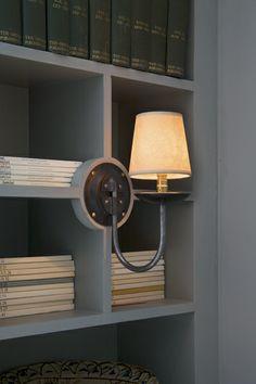 The English House Wall Lamp