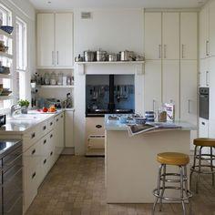 Küchen Küchenideen Küchengeräte Wohnideen Möbel Dekoration Decoration Living Idea Interiors home kitchen - Moderne Retro-Küche