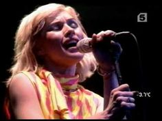 Blondie - Live at the Apollo Theatre Glasgow 1979 - Slow Motion Shayla Union City Blue Atomic Eat To The Beat (intro) Picture This Pretty Baby Heart Of Glass Hanging On The Telaphone Sunday Girl (Bag Pipes) Apollo Theater, Theatre, Blondie Atomic, Best Of Blondie, Live At The Apollo, Blondie Debbie Harry, Birth Mother, Amazing Songs, Girls Bags