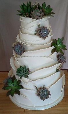 I don't think it would be easy to ask someone to do this but whoa! Succulent Wedding Cakes, Succulent Cakes, Wedding 2015, Wedding Ideas, White Cakes, Cream Wedding, Wedding Cake Inspiration, Crystal Wedding, Fondant Cakes