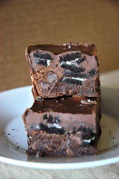 Oreo Crunch Brownies