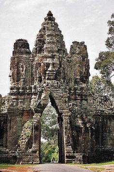 Gate into Angkor Thom