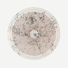 Die Welt als Scheibe aus Millimeterpapier bei Claude Heath, 2005.