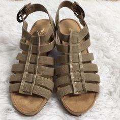 Women's Shoes Radient Two Pair Aerosoles Size 9 New Flip Flop Sandals