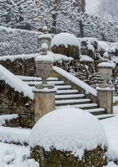 winter garden for a country house, snow on steps Winter Szenen, I Love Winter, Winter Time, Winter Season, Winter Christmas, Magical Christmas, Beautiful Winter Scenes, Covered Garden, Snowy Day