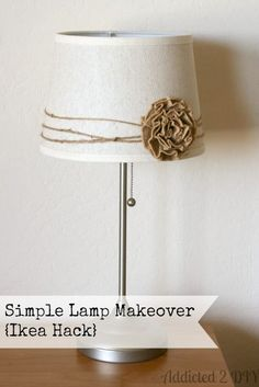 I've had this bedside lamp from Ikea for almost 10 years now. I've always liked it, but it needed a little something to dress it up a bit. When the original pleated paper lampshade fell Lampe Crochet, Home Crafts, Diy Home Decor, Diy Crafts, Bric À Brac, Paper Lampshade, Burlap Lampshade, Burlap Curtains, Deco Nature