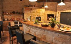 Největší černá kuchyň z kamene - Pardubice