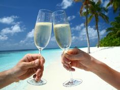 VRBO.com #3653570ha - Champagne & Pampering! Luxury Suites with Low All…