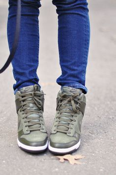 nike sneaker wedges Nike Outfits, Sporty Outfits, Nike Wedge Sneakers, Sneaker Wedges, Camo Jacket, Nike Dunks, Chuck Taylor Sneakers, Bags, Sky