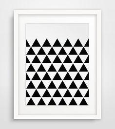 Black Triangle Print Triangle Wall Art Black von MelindaWoodDesigns