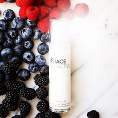 Blueberry and Grapeseed extracts revitalize skin cells in PHACE BIOACTIVE Soothing Day Cream Primer + SPF 46. Glucosamine and Niacinamide improve skin tone and enhance clarity; Lactic Acid and Vitamin E hydrate and condition. 100% mineral-based, photo-stable sun defense against UVA/UVB rays. #thephacelife #ph #phbalance #balance #beauty #health #wellness #pure #glow #natural #selflove #lifestyle #mindfulness #skin #cosmetics #naturalskincare #thephaceglow #clearskin #healthyskin #antiaging…