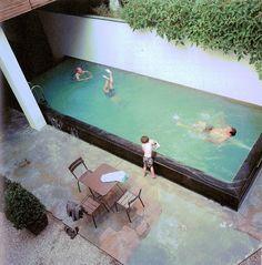 gemeenschappelijke zwembadje Aquarium, Outdoor Decor, Home Decor, Goldfish Bowl, Decoration Home, Room Decor, Fish Tank, Aquarius, Interior Decorating