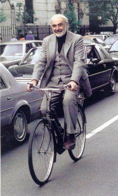 moda-hombre-no-todo-es-gris-bicycle-urban-4