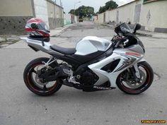 suzuki gsxr 501 cc o más