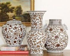 Colonial style decor - myLusciousLife.com - ginger jar brown.jpg