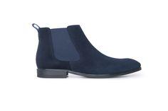 Neformální polobotky střihu chelsea boots z veluru navy barvy. Chelsea Boots, Ankle, Navy, Men, Shoes, Fashion, Hale Navy, Moda, Zapatos