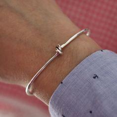 http://www.maraismara.com/collections/925/products/bracciale-nodo