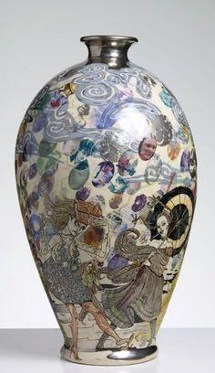 Potter Artist Grayson Perry (British: - The Modern Condition, 2009 - glazed ceramic, 57 x 30 cm Modern Ceramics, Contemporary Ceramics, Contemporary Artists, Ceramic Pottery, Pottery Art, Grayson Perry, Damien Hirst, China Art, Ceramic Artists
