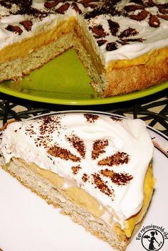 Karobporral szórt madártejszelet torta -cukormentes