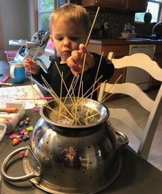 Looking for some activities to do indoors with your kids? Here are 28 entertaining physical, sensorial, and fine motor activities that are easy to pull off. Indoor Activities For Toddlers, Motor Activities, Activities To Do, Indoor Snowballs, Animal Movement, Blue Food Coloring, Childhood Days, Fine Motor Skills, Hundertwasser