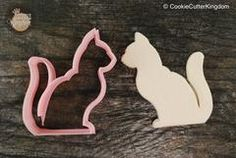 Bake the purrfect cookie with our Cat Cookie Cutter. Great for cat lovers and sweet lovers alike! We have a large collection of animal cookie cutters to choose from. Browse our complete selection of a