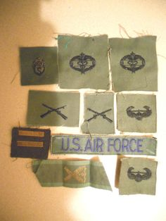 10 DIFF MILITARY PATCHES-LOT    17