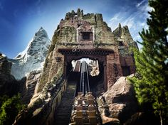 Animal Kingdom -- Expedition Everest. This is awesome!! Cant wait to go again on this ride ♥