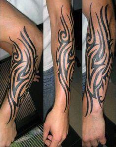 tatuaże męskie tribal na ręce