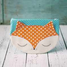 Foxy makeup bag, orange fox pouch, cosmetic bag, zipper poush.