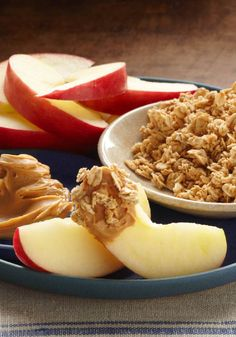 Peanut Butter & Apple Snacker – Add a little extra crunchiness to your afternoon peanut butter and apple break with a dip in granola.