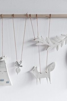 STUDIO OINK SELECTED - LOVELY MOBILE MADE OF PORCELAIN: