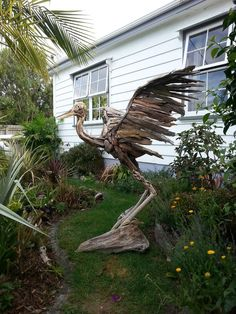 Driftwood Great Heron for your garden also by Tapatai Driftwood Creations