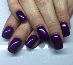 Refill acrylic nails with deep purple gel polish.