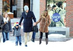 Gisele Bundchen - Tom Brady and Gisele Bundchen Out in Boston