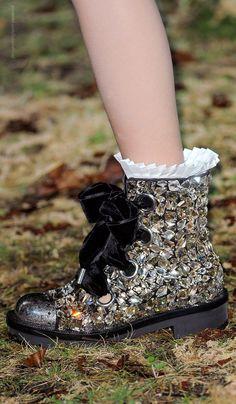 Alexander McQueen FW2014. I would so wear jewel encrusted, velvet-ribboned combat boots!