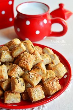 Kung Pao Chicken, French Toast, Snacks, Baking, Breakfast, Ethnic Recipes, Food, Cukor, Morning Coffee