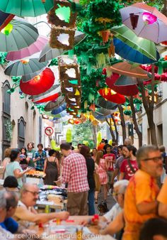 Gracia festival street events. Everything stops for the fiesta.