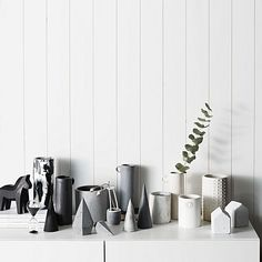 Channel Swedish style in your décor with the textural, contemporary form of the Concrete Dala Horse, Black from Zakkia. Contemporary Home Decor, Unique Home Decor, Console Styling, Small Fence, Concrete Cement, Swedish Style, Home Decor Online, Modern Minimalist, Interior Design Inspiration