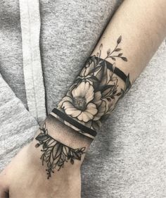 Flower forearm tattoo - 110  Awesome Forearm Tattoos  <3 <3