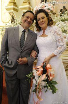 Gentil & Marcia da novela Amor à Vida. Esse bolero faz um sucesso entre a mulherada. Look completo da Marcia by Honji