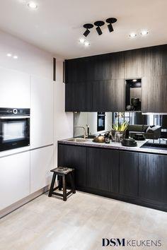 Compact Kitchen, Tiny Living, Ikea Hack, Home Kitchens, Kitchen Remodel, Kitchen Decor, House Design, Web Design, Bedroom Decor