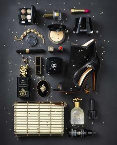 Fashion & Beauty Werf in JAN Magazine Photography by Frank Brandwijk | 'Black Gold' 'Accessories & Makeup Product Stills' #flatlay #flatlays #flatlayapp www.flat-lay.com