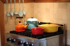 Mix & match le creuset!  Just got my first one for my birthday yesterday! :-)