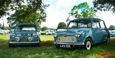 2 1960 Clipper blue 850cc Minis
