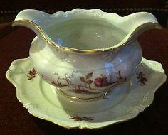 Royal Heidelberg Rose Brier or Rosebriar Gravy Boat w/ Attached Underplate