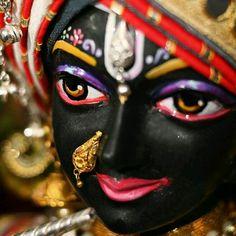 Krishna Hindu, Jai Shree Krishna, Cute Krishna, Radha Krishna Pictures, Lord Krishna Images, Radhe Krishna, Krishna Flute, Deer Wallpaper, Krishna Bhagwan