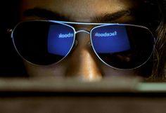 IXOUSART: Lo que no se debe publicar en Facebook ni en otras redes sociales