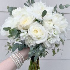 Weiße Rose Hydrangea Eucalyptus Bridal Bouquet – – World of Flowers Bridesmaid Bouquet White, White Wedding Bouquets, Bride Bouquets, Floral Wedding, White Rose Bouquet, Hydrangea Bouquet Wedding, Eucalyptus Bouquet, Eucalyptus Wedding, White Roses Wedding